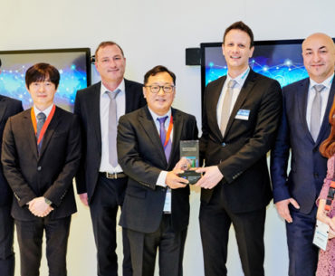 Rutronik Wins Samwha Distribution Award
